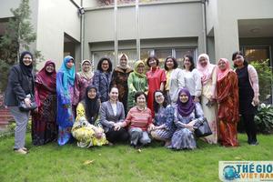 Nhóm Phụ nữ Cộng đồng ASEAN tại Hà Nội gặp mặt đầu Xuân