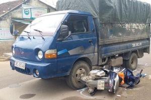 Hà Tĩnh: Bắt đối tượng nghi chở gỗ lậu tông 2 CSGT nhập viện cấp cứu