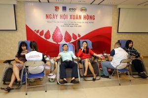 PVEP tổ chức chương trình hiến máu tình nguyện 'Ngày hội Xuân Hồng'