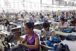 69% công nhân may mặc không đủ tiền trang trải nhu cầu sinh hoạt