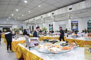 Những món ăn Việt 'chiêu đãi' phóng viên quốc tế nhân thượng đỉnh Mỹ Triều