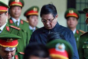 Cựu trung tướng Phan Văn Vĩnh tiếp tục hầu tòa