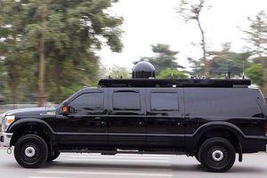 Xuất hiện mẫu xe lạ bảo vệ Tổng thống Mỹ ở Việt Nam