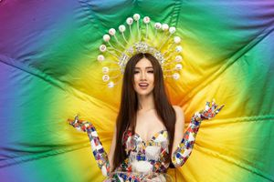 Nhật Hà đưa gánh lô tô lên sân khấu Hoa hậu chuyển giới