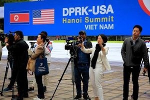 Phóng viên Hội nghị thượng đỉnh Mỹ -Triều được tặng vé máy bay và phòng khách sạn
