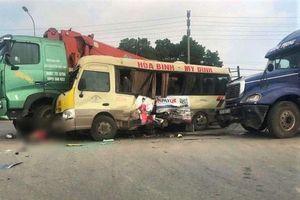 Bắt tạm giam tài xế xe tải gây tai nạn chết 2 người trên Đại lộ Thăng Long