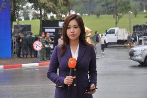 Những bóng hồng quốc tế xinh đẹp tác nghiệp thượng đỉnh Mỹ - Triều tại Hà Nội