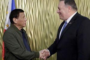 Ngoại trưởng Pompeo: Mỹ sẽ bảo vệ Philippines trước cuộc tấn công vũ trang ở biển Đông