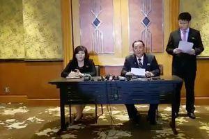 Buổi họp báo kỳ lạ giữa đêm tại khách sạn Melia của Ngoại trưởng Triều Tiên