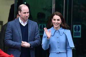 Kate Middleton khiến Hoàng tử William 'lo lắng' khi muốn có con thứ 4