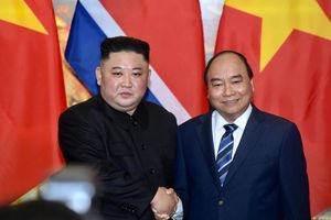 Thủ tướng Nguyễn Xuân Phúc hội kiến Chủ tịch Triều Tiên Kim Jong-un