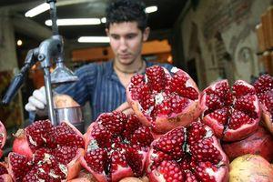 Vẹm nhồi, nước ép lựu và các món ăn đường phố đầy mê hoặc ở Thổ Nhĩ Kỳ