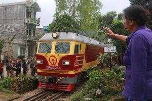 Người dân Đồng Đăng chào tạm biệt Chủ tịch Triều Tiên Kim Jong-un