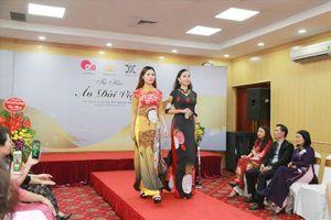 Đặc sắc chương trình 'Tự hào áo dài Việt' kỉ niệm 8.3