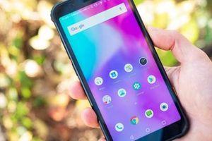 Trên tay smartphone 'nồi đồng cối đá' đầu tiên năm 2019