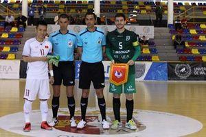 Dẫn bàn liên tục nhưng tuyển futsal Việt Nam lại thua ngược CLB UMA