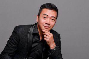 Nhạc sĩ Đỗ Bảo dựng câu chuyện tình yêu với Khánh Linh và Ngọc Anh