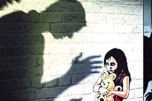 Thầy giáo lớp 5 bị tố xâm hại loạt nữ sinh