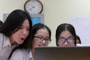 Khi giáo viên và học sinh cùng hợp sức 'phù phép' cho giờ học Văn