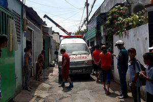 Bị tường đè khi dỡ nhà ở Sài Gòn, một công nhân tử vong
