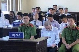 Hai án tù chung thân cho vụ tham ô hơn 70 tỷ đồng tại Bạc Liêu