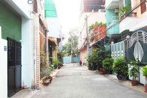 'Độc chiêu' buôn nhà cũ, nát ở Sài thành