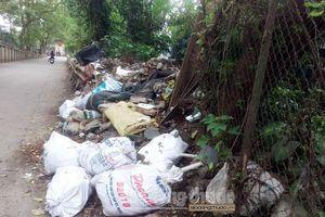 Đừng để Dốc La Pho thành nơi tập kết rác thải
