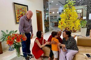 'Giọng Hát Việt' trong tương lai có một đối thủ 'đáng gờm' rồi đây: Bé Gấu nhà diva Thu Minh!
