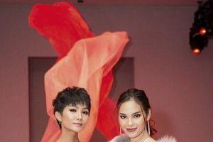 Thời trang Việt ấn tượng với thế giới