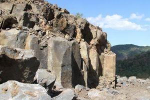 Đắk Nông: Yêu cầu chấm dứt tình trạng khai thác đá cây