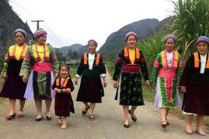 Bảo tồn và phát triển nghề dệt lanh của người Mông ở Hà Giang