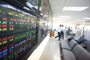 Cẩn trọng đua theo cổ phiếu thoái vốn