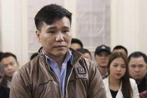 Sống buông thả, Châu Việt Cường phải nhận 13 năm tù