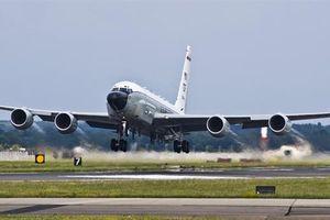 RC-135V Mỹ bay vào khu vực tác xạ của S-400