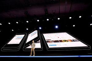 Sau Galaxy Fold, Samsung phát triển 2 điện thoại gập mới