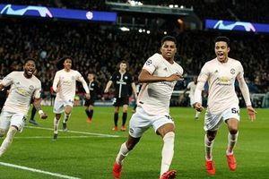 Cận cảnh M.U lập kỳ tích, giành vé tứ kết Champions League