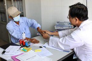 Triển khai điều trị ARV qua bảo hiểm Y tế: Góp phần giảm gánh nặng tài chính