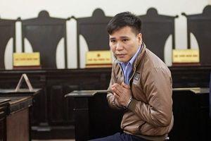 Ca sĩ Châu Việt Cường lĩnh 13 năm tù: Nhẹ so với án mạng giết người