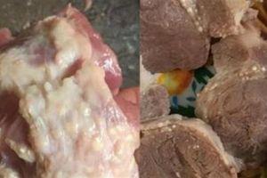 Bếp ăn mầm non: Thịt lợn nghi có sán, thịt gà mủn...