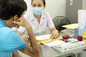 Từ ngày 8/3, bệnh nhân HIV chính thức được nhận thuốc ARV từ BHYT