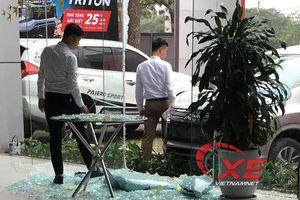 Lái thử xe đạp nhầm chân ga, khách Việt đền ốm tiền