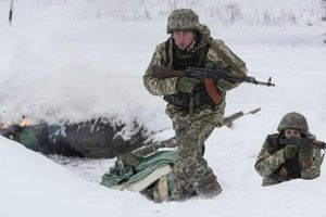Chỉ huy quân đội Ukraine tuyên bố sẵn sàng tấn công mọi kẻ thù