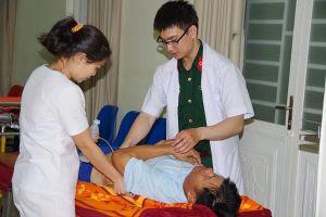 Điều trực thăng ra Trường Sa đưa bệnh nhân về đất liền