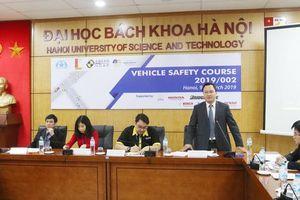 Cần cung cấp đầy đủ thông tin về mức độ an toàn của phương tiện giao thông