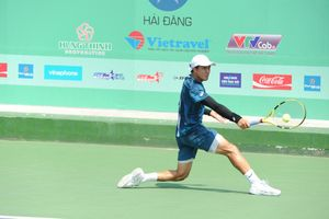 Tay vợt Việt kiều Daniel Nguyễn xuất sắc thắng Lý Hoàng Nam