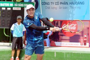 Tay vợt Việt kiều đoạt cú đúp giải quần vợt VTF Masters 500