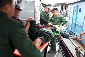 Nổ bình gas, chủ tàu và 5 thuyền viên bị thương nặng