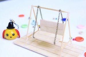 Khéo tay làm đồ chơi cho bé từ những que kem gỗ