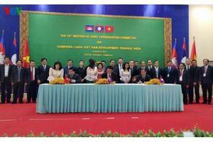 Việt Nam-Lào-Campuchia ký kết hợp tác