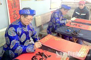 Nghệ thuật thư pháp trong các lễ hội xuân ở Nam Định